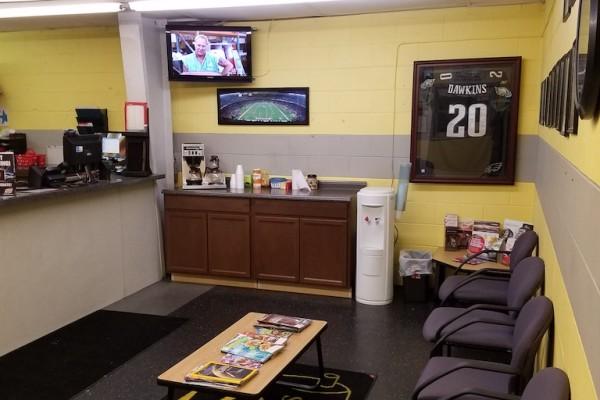 Schafer's Auto Center Lounge